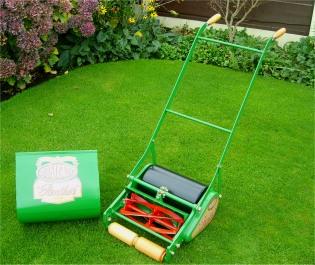 greenkeepers sp cialiste des tondeuses h lico dales. Black Bedroom Furniture Sets. Home Design Ideas